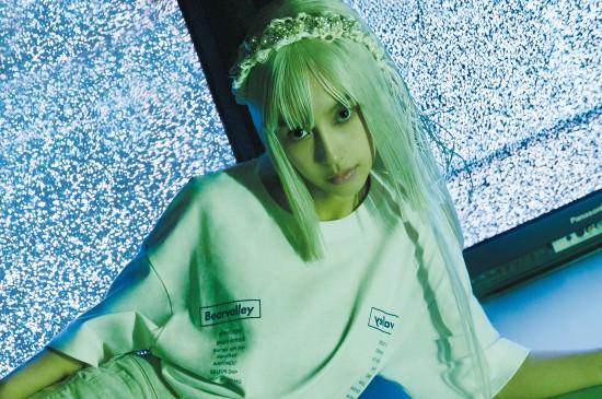 angelababy银发未来感高清桌面壁纸