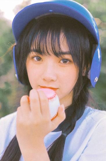 日系美女性感体操服户外写真图片