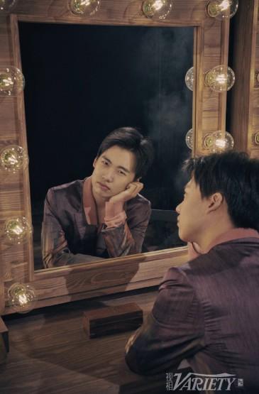 郭麒麟帅气杂志写真图片