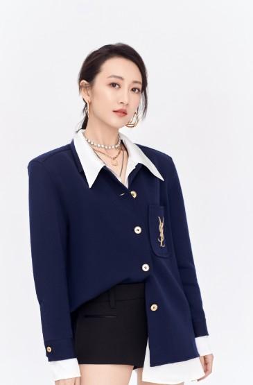 <王鸥蓝色西装魅力写真图片