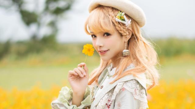 <花田少女谢安然甜蜜可爱写真