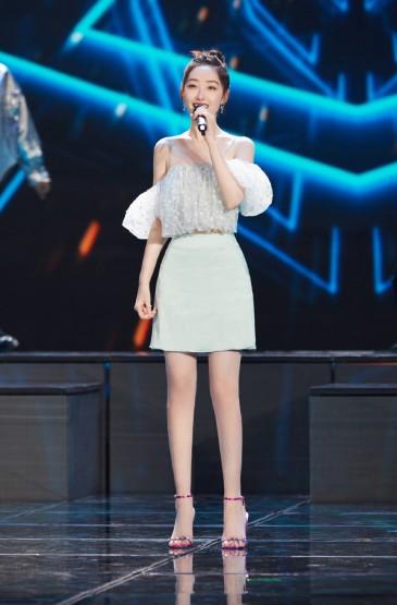 蒋梦婕牛仔套装性感写真