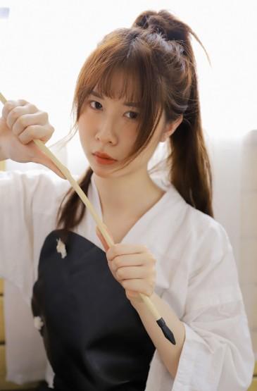 日系剑服美女图片清新私房写真