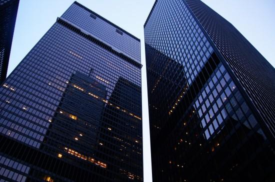 城市高楼大厦摩天大楼桌面壁纸