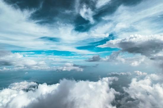 清新云海云层自然风光桌面壁纸