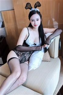 黑絲網襪盡顯風情少婦寫真圖片
