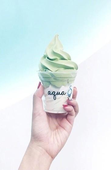 <小清新冰淇淋甜品美食手机壁纸下载