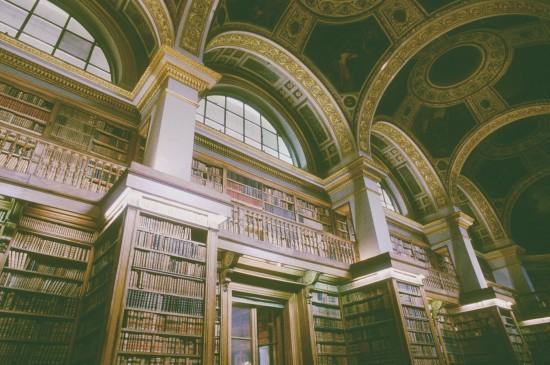 欧式图书馆一角图片