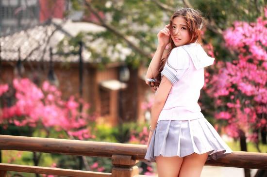 清純性感短裙美少女圖片