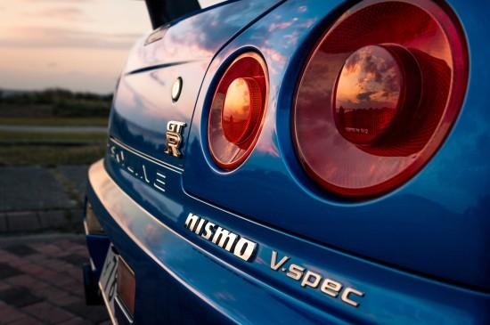 日本尼桑GTR車尾圖片