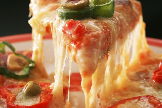 美味可口芝士披薩圖片