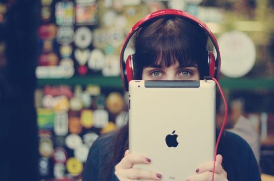 <苹果设备iPad气质美女经典高清壁纸