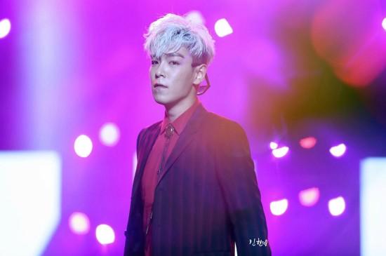 <Bigbang成員TOP崔勝賢演唱會舞臺高清圖片桌面壁紙下