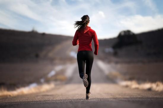 跑步锻炼晨光高清电脑桌面壁纸
