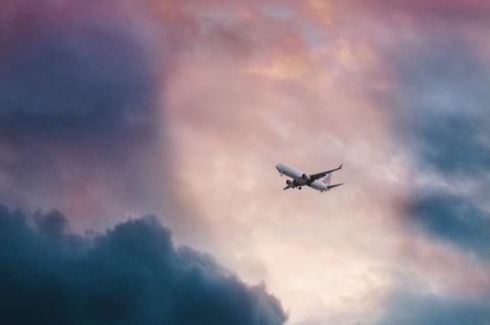 好看的飞机云层图片桌面壁纸
