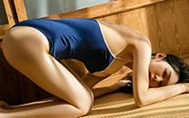 <性感泳装少女日系美女高清死库水巨乳美腿桌面壁纸