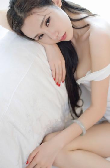 性感美腿少婦居家性感魅