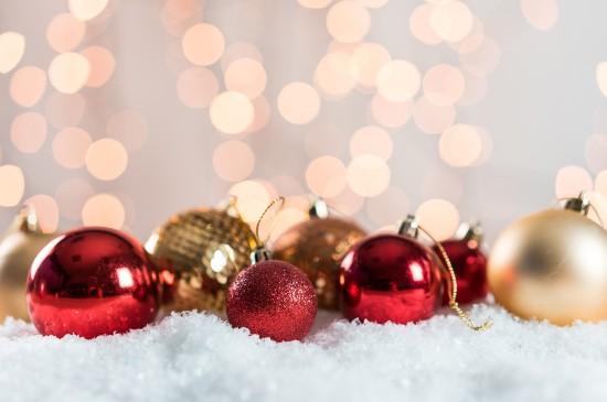 圣诞节饰品唯美图片桌面壁纸