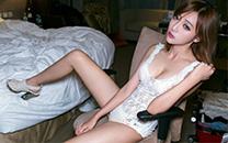 小清新元气少女高清性感酥胸美腿写真桌面壁纸