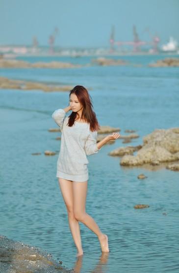 极品尤物白皙美腿大胆诱惑图片