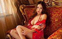 <大胸美女性感睡衣撩人写真图片桌面壁纸