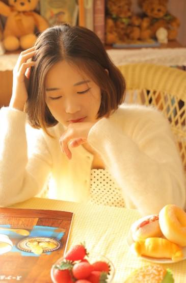 <丝袜美女性感私房甜美写真照片