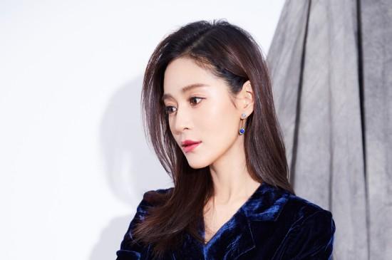 王媛可性感魅力图片桌面壁纸