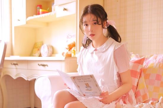 粉红兔女郎性感写真图片