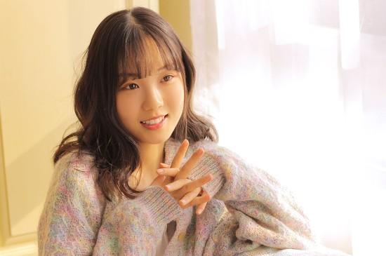 清纯可爱美少女唯美写真图片桌面壁纸