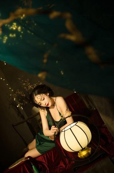 性感古典美女妩媚诱惑写真图片