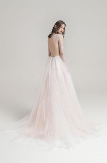 <极简漂亮结婚礼服图片
