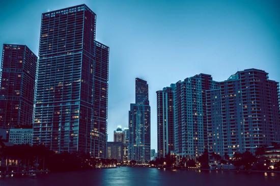 美国迈阿密繁华城市风景图片壁纸