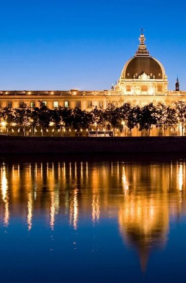 俄罗斯圣彼得堡风景高清手机壁纸