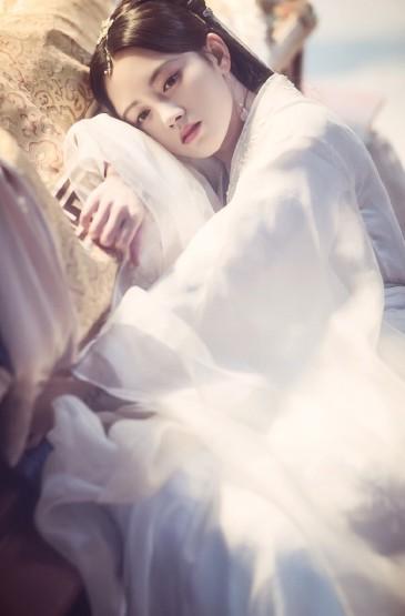<鞠婧祎《新白娘子传奇》清纯剧照手机壁纸