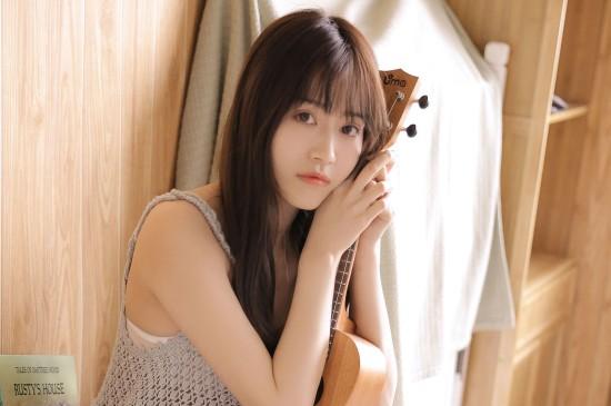 甜美少女可爱清纯高清桌面壁纸