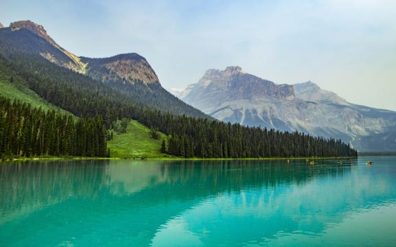 唯美湖泊自然风光