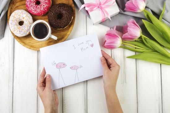 母亲节创意礼物图片桌面壁纸