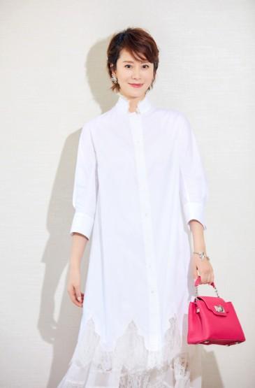 海清蕾丝长裙优雅气质写
