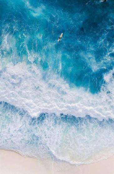 唯美蓝色海岸线自然风景图片手机壁纸