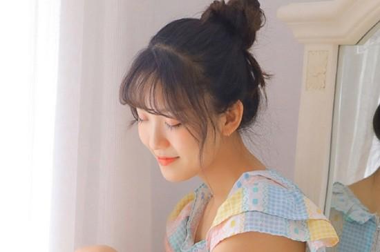 清纯美女清甜笑容淑雅气质柔情写真图片
