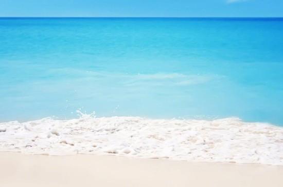 蓝色大海唯美风景图片桌面壁纸