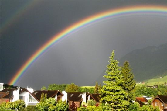 唯美七色彩虹风光高清桌面壁纸