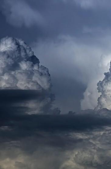 清新天空白云高清手机壁纸