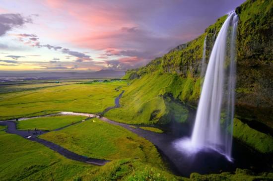 唯美瀑布自然风光桌面壁