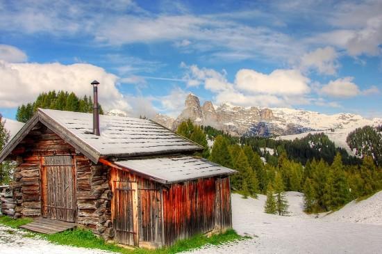 多洛米蒂国家公园雪景高