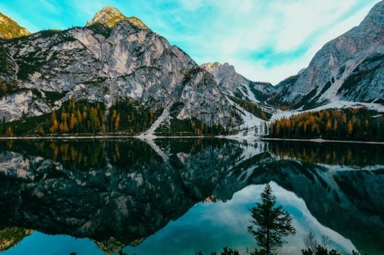 <山川湖泊唯美风景桌面壁纸