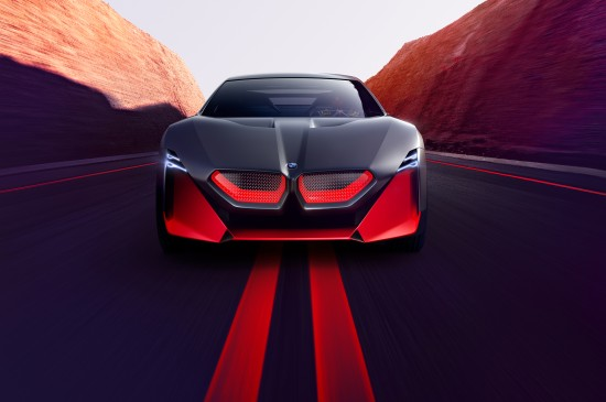 酷炫黑色跑车桌面壁纸