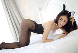 兔女郎美女性感翘臀大胸