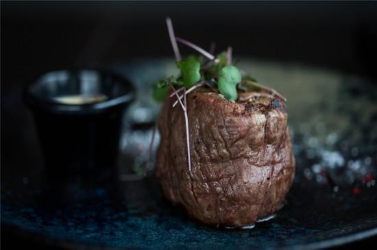 美味的牛肉高清桌面壁纸