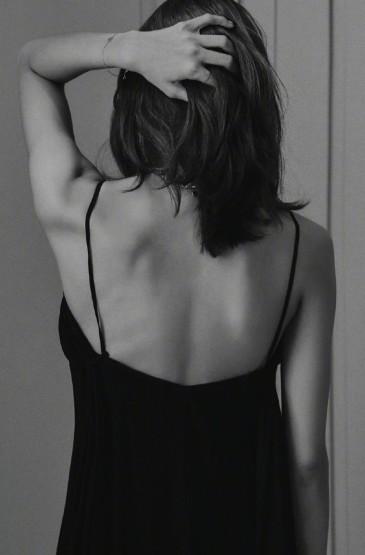 <Lisa性感魅力黑白写真图片